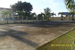 Amenities-Basketball Court